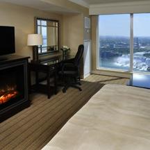 HiltonNiagara_suite